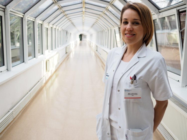 """""""Základom úspešnej liečby karcinómu prsníka nie sú prevratné lieky, ale jeho včasný záchyt,"""" vysvetľuje MUDr. Silvia Jurišová. FOTO: preventivne.sk"""