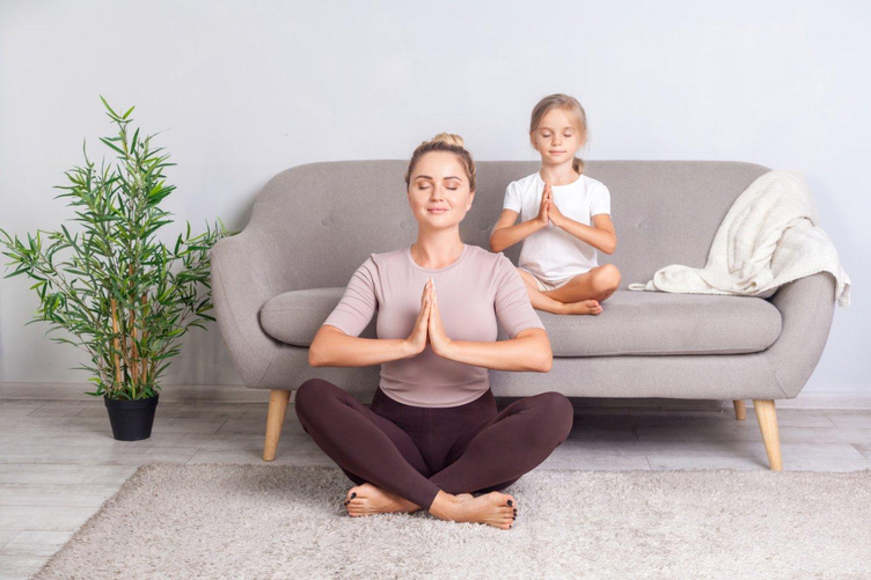 Ako si uvoľniť myseľ v náročnom období karantény? Pomôže vám joga. FOTO: Adobe Stock