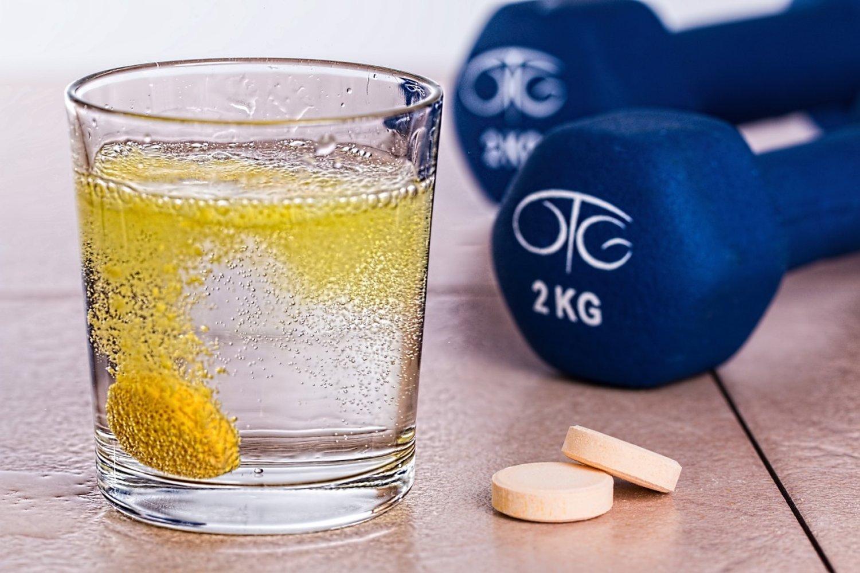 Športovci patria medzi tých, ktorým sa dopĺňanie vitamínov odporúča. FOTO: Pixabay