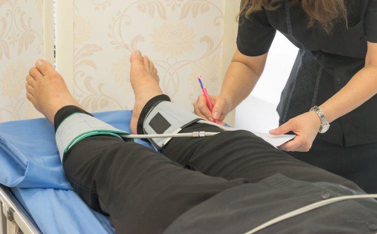 Ochorenie nôh zároveň zvyšuje riziko vzniku infarktu či cievnej mozgovej príhody. FOTO: Shutterstock