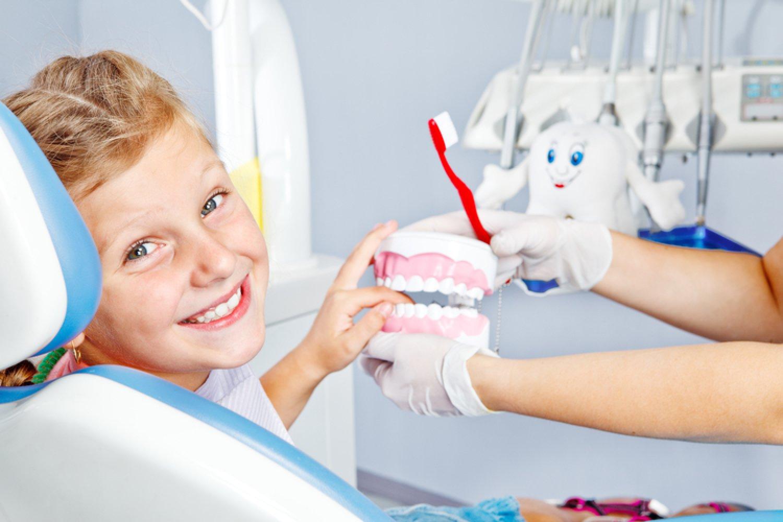 Ako správne čistiť zuby? Poradia vám na dentálnej hygiene. FOTO: Adobe Stock