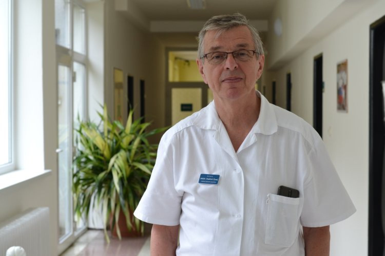 """""""Liečime deti vo veľmi vážnom stave,"""" vraví riaditeľ MUDr. Vladimír Čavoj. FOTO: www.preventivne.sk"""