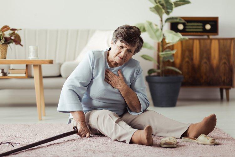 Ako sa vyhnúť pádom? Nácvikom môžete minimalizovať riziko závažných následkov. FOTO: Adobe Stock