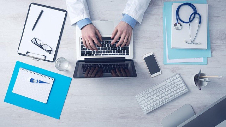 Pilotný projekt elektronickej komunikácie lekára s pacientom začína v júli. FOTO: Pixabay