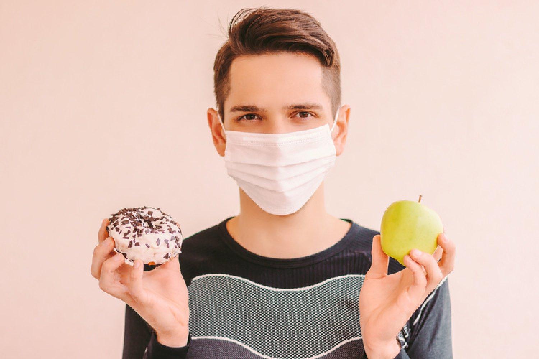 Koronavírus môže ľuďom s chorobami súvisiacimi s obezitou spôsobiť závažnejšie príznaky akomplikácie. FOTO: Adobe Stock