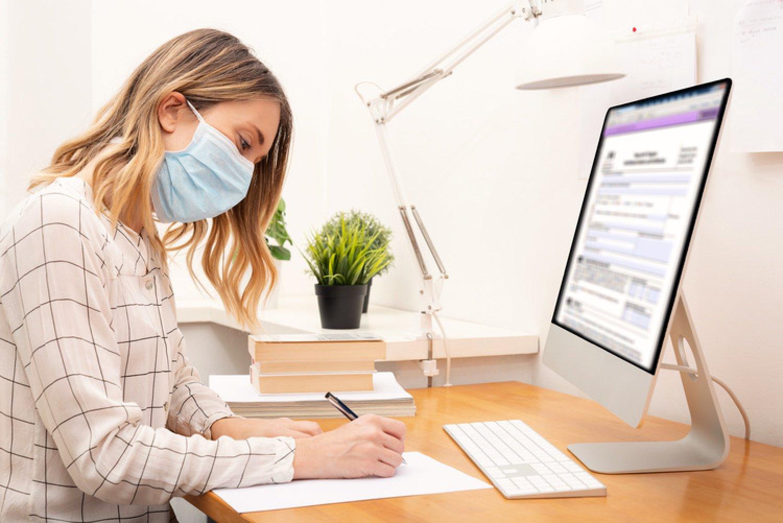 Zdravotné poistenie v prípade karantény vybavíte vo VšZP aj emailom. FOTO: Adobe Stock