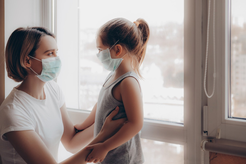Infekcia detí koronavírusom nemusí mať vždy ľahký priebeh. FOTO: Adobe Stock