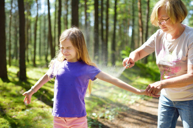Na búrlivejšie reakcie po poštípaní hmyzom sú náchylnejšie najmä deti. FOTO: Adobe Stock