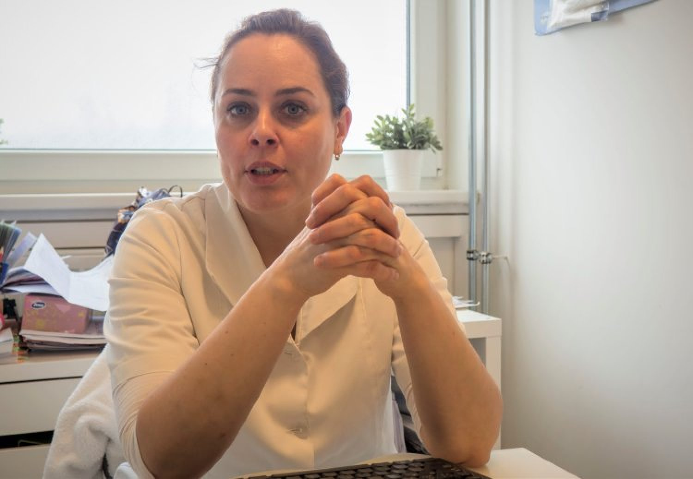 """""""Niektorí si nádor na penise radšej liečia sami,"""" vraví urologička MUDr. Nikoleta Ledererová. FOTO: preventivne.sk"""